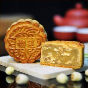 Bread Garden Durian Lotus - Baked Skin Mooncake